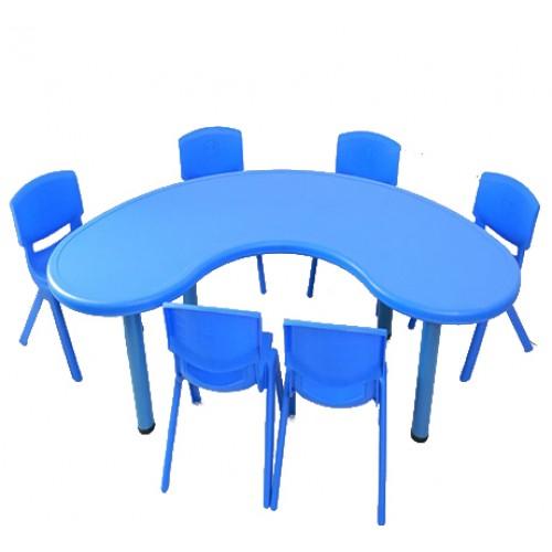 Σετ Παιδικό Τραπέζι πλαστικό μισοφέγγαρο με καρέκλες 7 τεμαχίων σε Μπλε χρώμα 02624004 ΠΑΙΧΝΙΔΙΑ